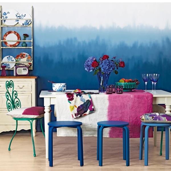 Bagaimana perasaan Anda kalau ayah atau ibu Anda ingin mengubah warna  Desain Ruang Makan Indah Berwarna Biru