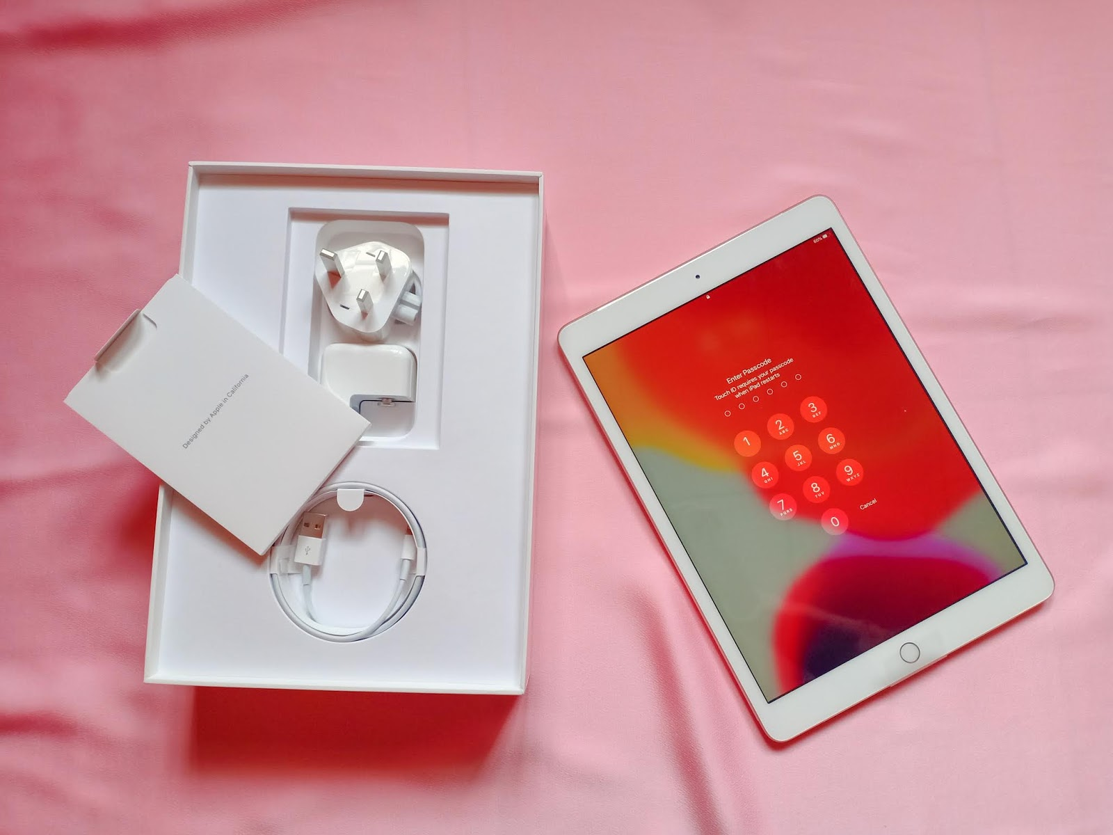 Unboxing iPad 7th Generation And Apple Pencil 1st Generation