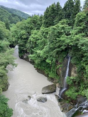 不老橋から見た手取峡谷