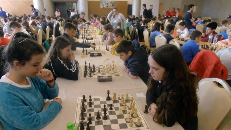 Σάρωσαν πρωτιές και μετάλλια οι μαθητές του Έβρου στο Σχολικό Πρωτάθλημα Σκάκι Αν. Μακεδονίας - Θράκης και Σερρών