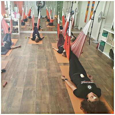 yoga aereo, air yoga, yoga aerea, aeroyoga, aeropilates, yoga, pilates, fitness, aerofitness, pilates aereo, yoga aerea, cursos, madrid, españa, spain, formacion, certificacion, teacher training