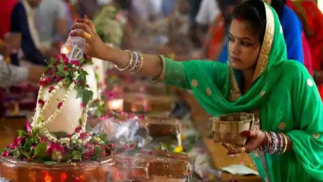 आज है सावन का लास्ट सोमवार, इस विशेष दिन की तिथि, समय, पूजा विधि और व्रत अनुष्ठान के बारे में जानें