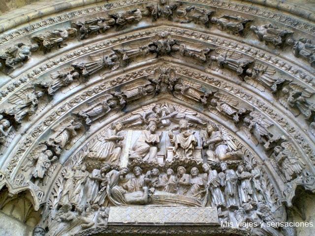 Puerta de San Francisco, la Catedral de León