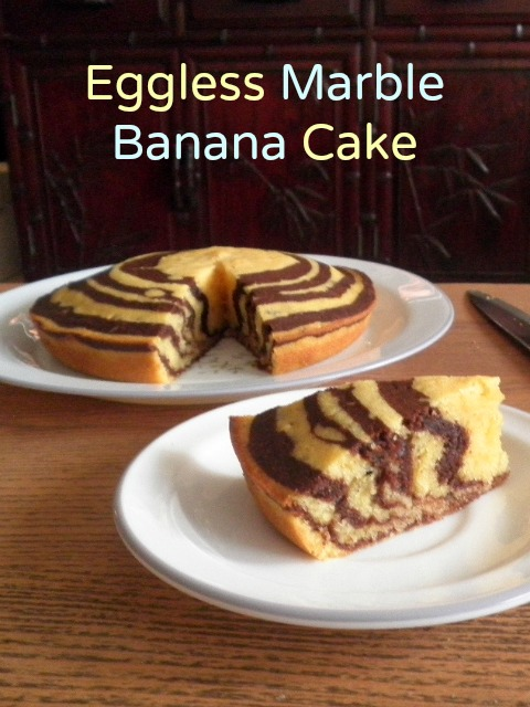 Eggless Marble Banana Cake Recipe  @ treatntrick.blogspot.com