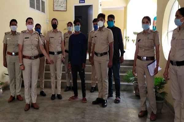 faridabad-women-police-news-rape-blackmailing-accused-arrested-bihar