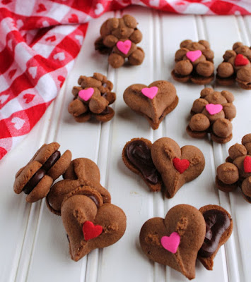 teddy bear and heart chocolate sandwich cookies