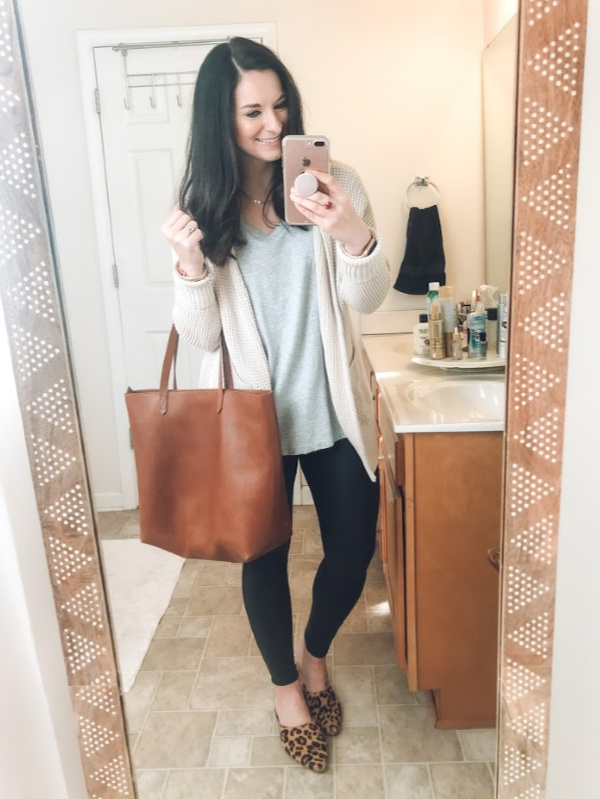 faux leather leggings, how to wear faux leather leggings, style on a budget, nc blogger, north carolina blogger, outfit ideas