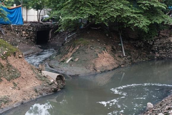 Việt Nam: Khi nước 'quá ít, quá nhiều và quá bẩn' 1
