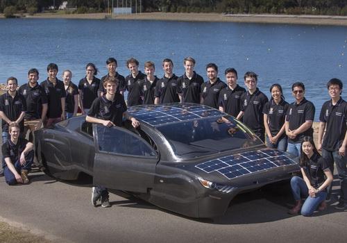 Tinuku UNSW's Sunswift team set up Violet solar power car