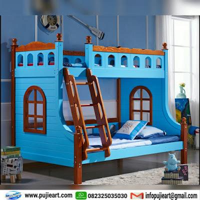 tempat tidur custom tingkat sederhana