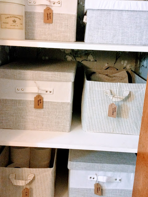 how to organize your shelves