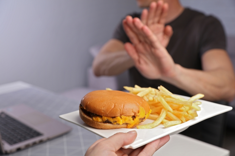 Yüksek kolesterol Covid-19'da risk faktörü