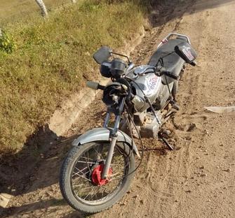 Em Olho D'Água das Flores, homem morre após sofrer acidente  de moto em estrada vicinal