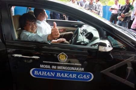 Mobil Bahan Bakar Gas (BBG)