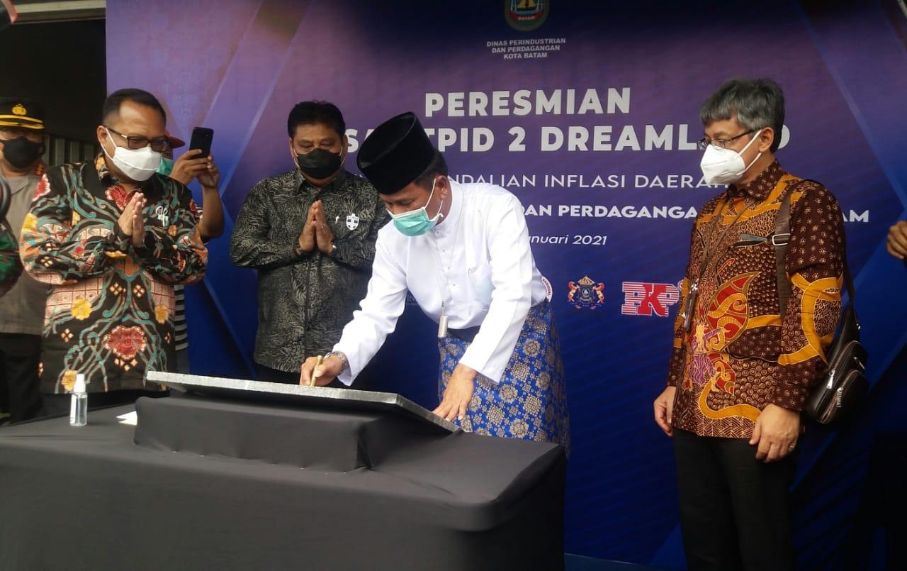 Walikota Batam Meresmikan Pasar TPID 2 di Komplek Dreamland  Tanjung Riau