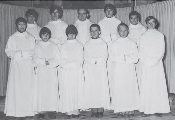 Les enfants de choeur dans les années 60 à Cour-Cheverny