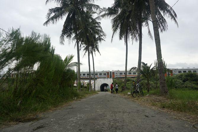 Spot foto di Stasiun Rewulu Kulon Progo