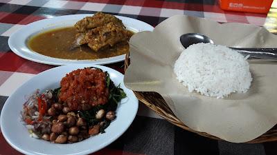 Ayam betutu Khas Gilimanuk Bali