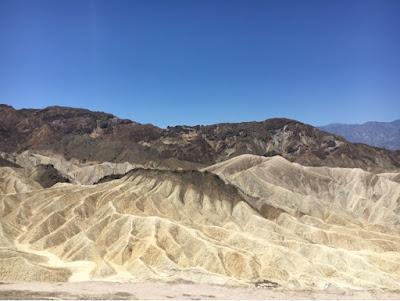 Roadtrip USA - on the road again - Death Valley zabriski point