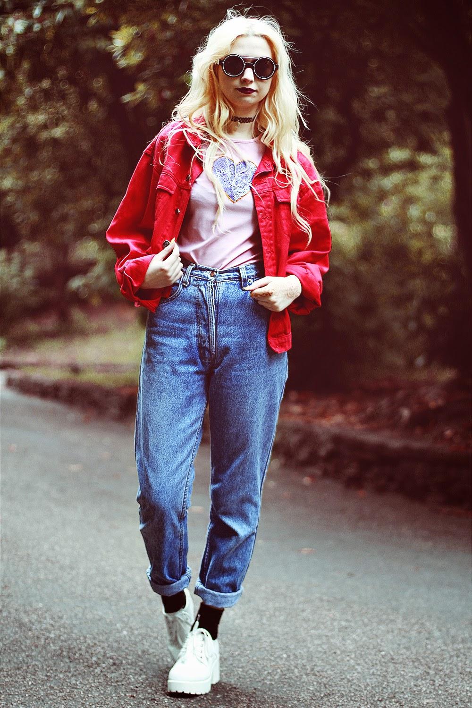 Kayla Hadlington, Fashion Blogger, Mom Jeans, Vintage Jeans, 90's top