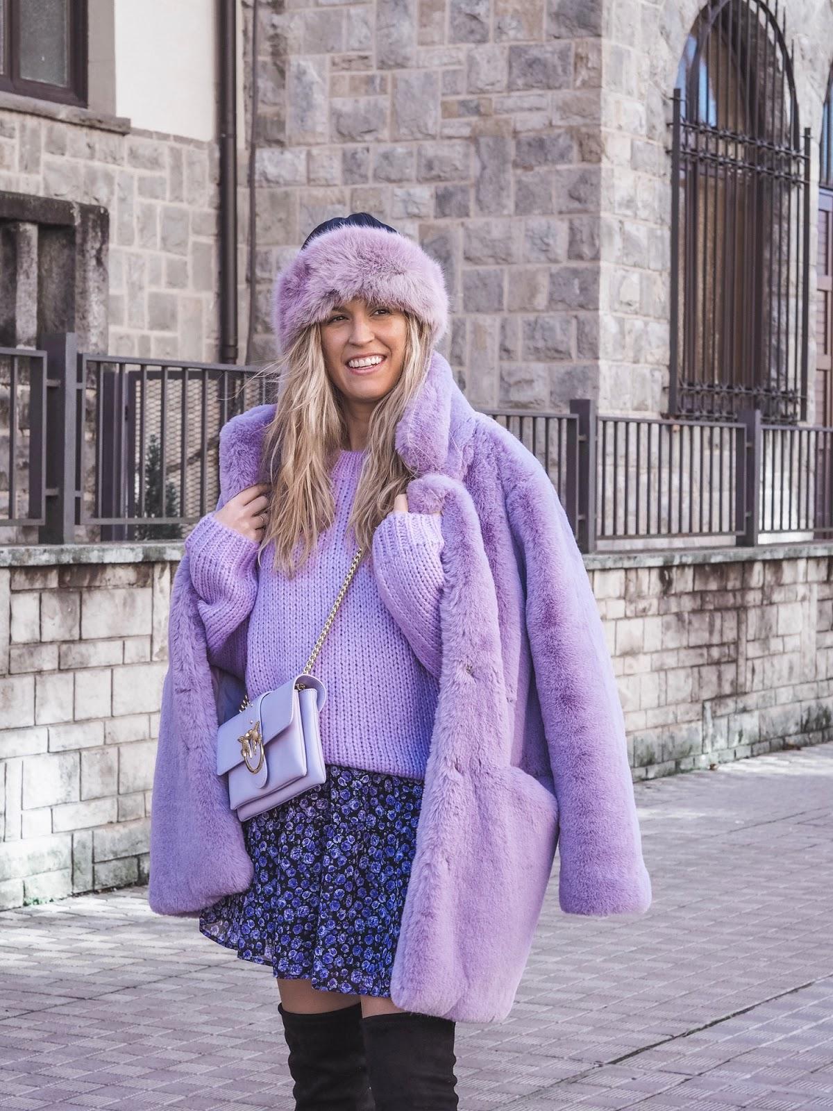 look vestido lila