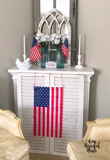 vintage blue Mason jar American flag USA plate white shutters