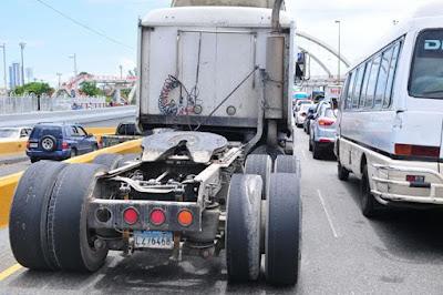 Intrant hará sanción  vehículos circulen con gomas lisas