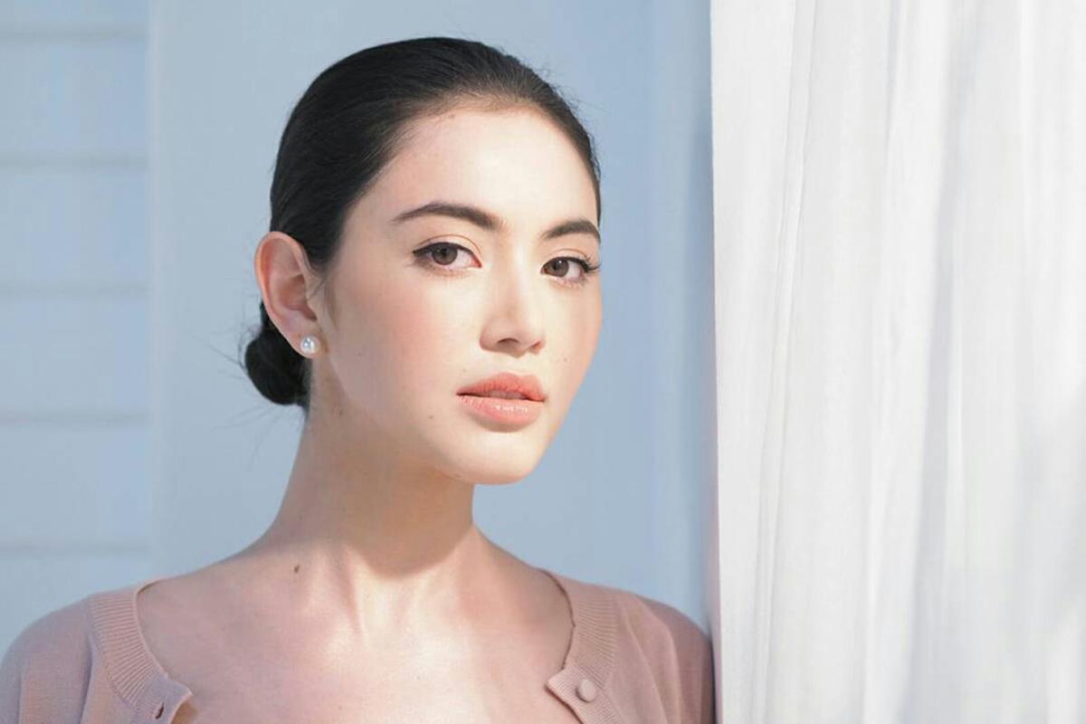 Davika Hoorne bidata artios manis dan seksi thailand