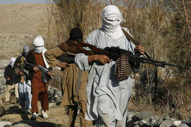 Rezim Iran Tangkap Belasan Orang Yang Mengibarkan Bendera Taliban Selama Perayaan Idul Adha
