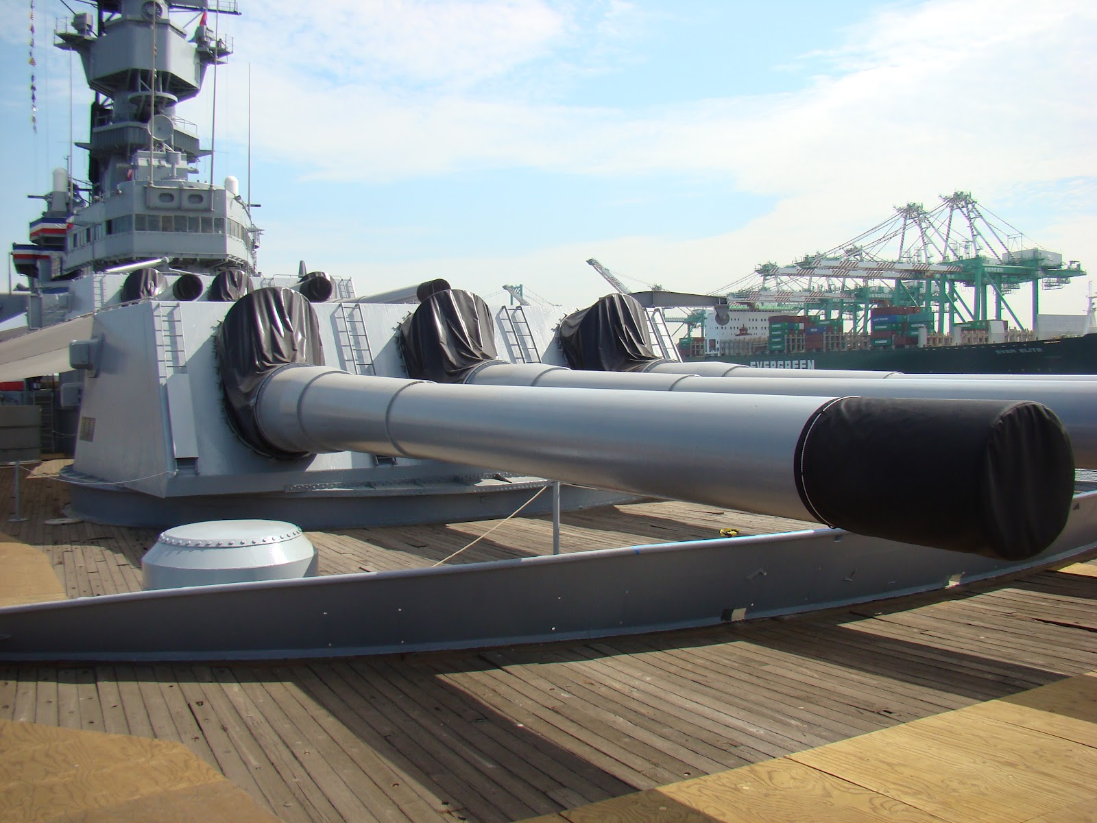 Corner of a Foreign Field: A visit to the USS Iowa Battleship