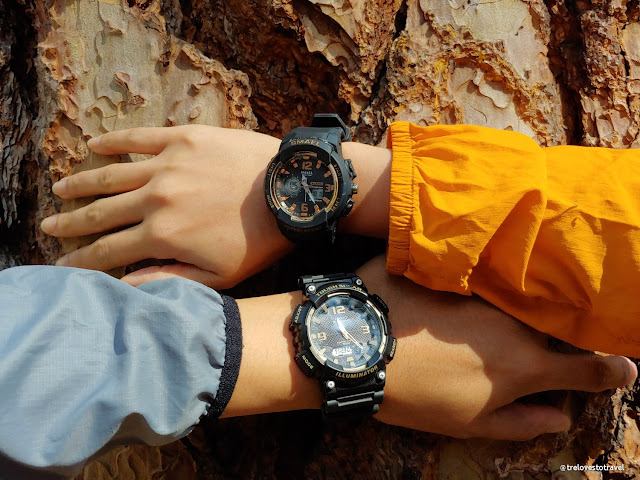 Hiking watch sports watch - durable and waterproof