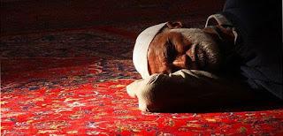 Doa Berbaring Sebentar Sebelum Sholat Subuh
