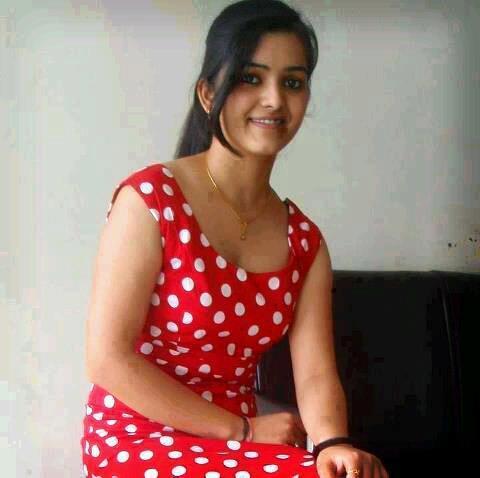 http://sinhalavalkatha.blogspot.com/p/dhanuska-sister.html