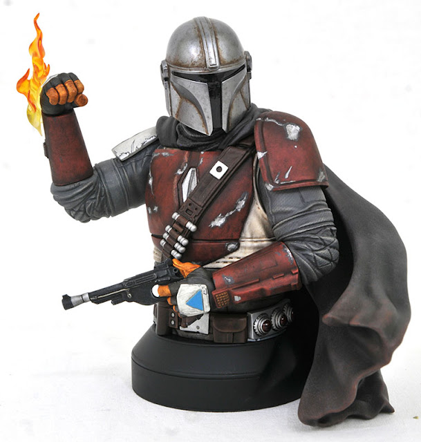 Toy Fair 2020 Diamond Select Star Wars Mandolorian Bust 2