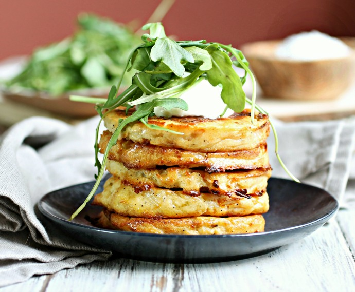 Recipe for fritters made with mashed potatoes, cabbage and cheese.
