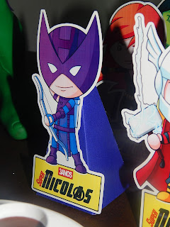display de mesa vingadores