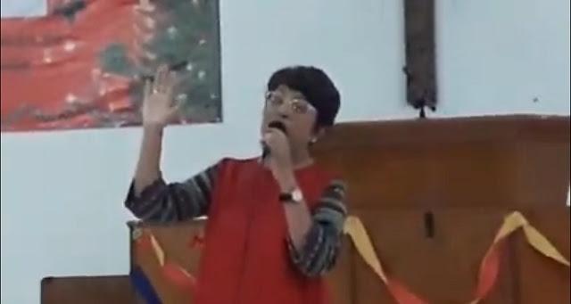 LITA ZEIN Hadiri Perayaan Natal Parsahutaon Dos Roha Laksana Mekar dan melantumkan lagu KAULAH HARAPAN