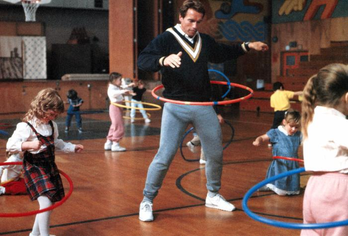 The Ace Black Movie Blog Movie Review Kindergarten Cop 1990