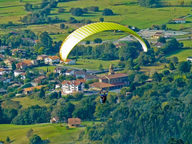 La comarca de Uribe vista desde el parapente