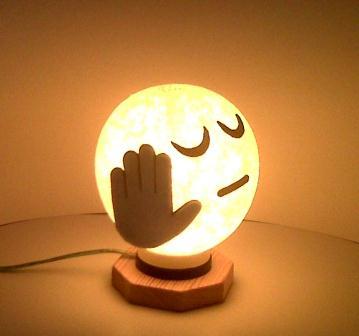 Kerajinan Tangan Lampu Hias yang Indah dan Bermanfaat