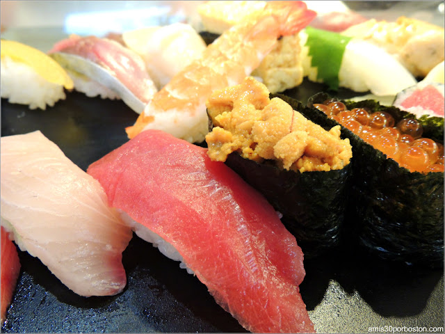 Menú en Sushi Zanmai, Tokio