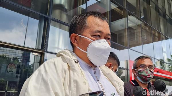 MAKI Minta Erick Thohir Segera Berhentikan Emir Moeis dari Komisaris BUMN
