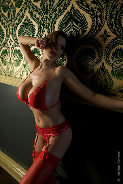 damn-hot-sexy-Jordan-Carver-hotel-photo-shoot-hd-photo