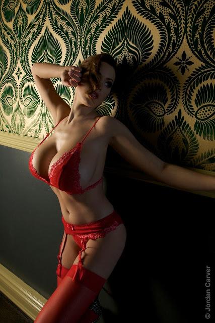 damn-hot-sexy-Jordan-Carver-hotel-photo-shoot-hd-photo
