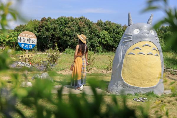 苗栗通霄龍貓公車站和可愛龍貓在通霄灣站等公車,免費拍照打卡