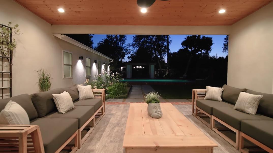 58 Photos vs. Tour 5907 Jumilla Ave, Woodland Hills, CA Luxury Home Interior Design
