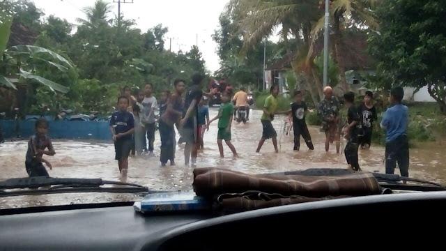 Banjir Kembali Datang di Yosorati Kec. Sumberbaru - Jember