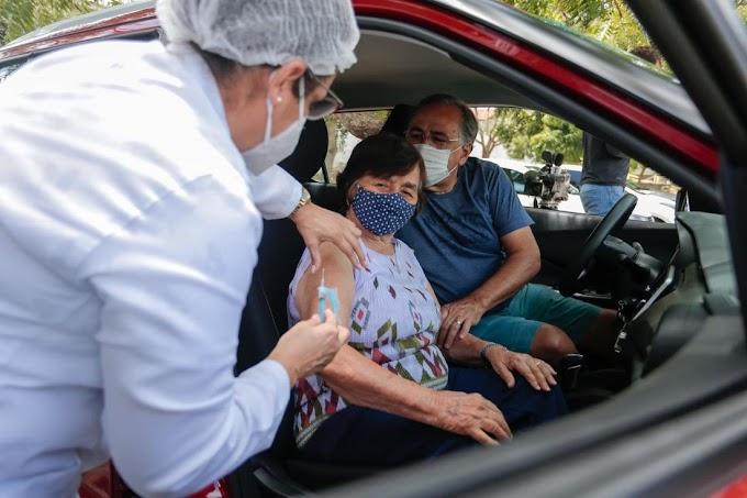 Falhas de planejamento, atraso em compras e mudanças no processo emperram vacinação contra Covid