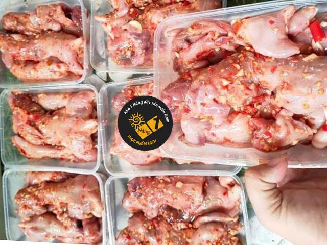Mùi vị thịt chuột đồng ướp sẵn