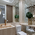 Lavabo com parede de espelhos quadriculados e bisotados + bancada de mármore navona!